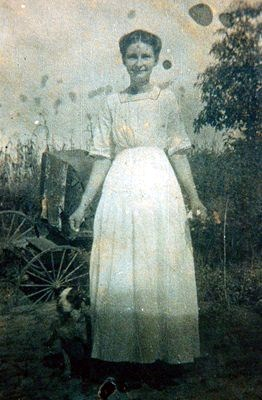 Annie Chance Moore, Dad's Mom