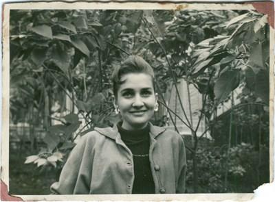 Carmen E. Oliviere photos